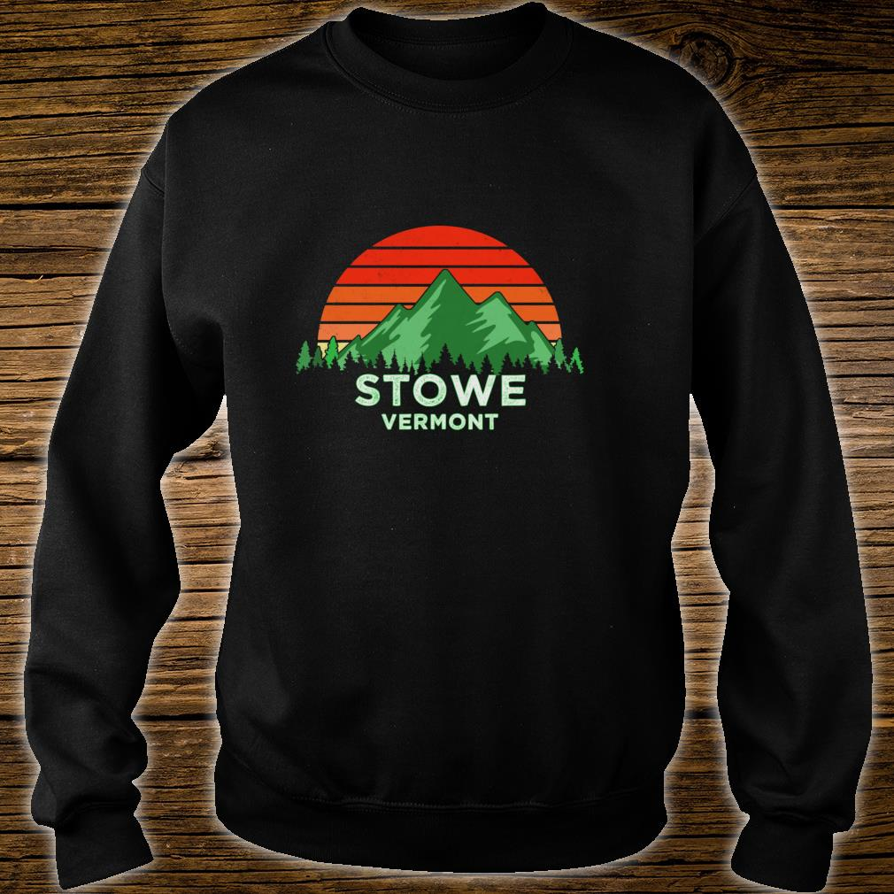 Retro Vintage Stowe Design Vermont Shirt sweater